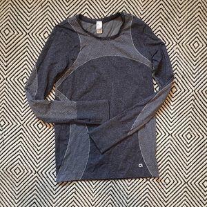 GapFit long sleeve shirt. Size M